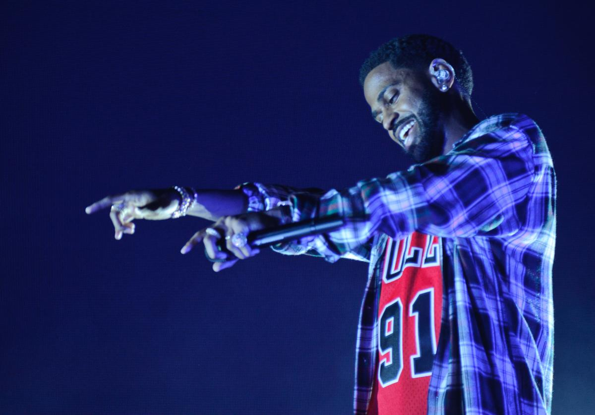 Big Sean performs at MetroPCS Presents Sounds Of Chicago, Powered By Pandora on October 18, 2017 in Chicago, Illinois.