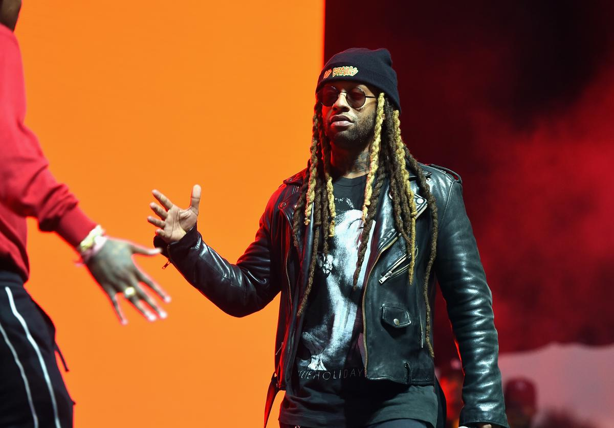 Ty Dolla $ign performs on the Camp Stage during day 2 of Camp Flog Gnaw Carnival 2017 at Exposition Park on October 29, 2017 in Los Angeles, California
