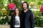 "Winona Ryder Married Keanu Reeves In ""Dracula"" & Might Still Be Married"