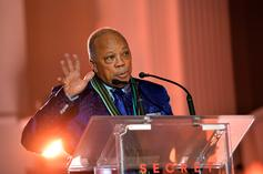 """Quincy Jones Apologizes For """"Word Vomit"""" Interview About Michael Jackson & More"""