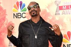 """Snoop Dogg Commentates Shark Fights & Calls Out Dr. Dre For """"Shark Week"""""""