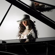"""Alicia Keys Delivers The Unreleased, Egypt-Inspired """"When You Were Gone"""""""