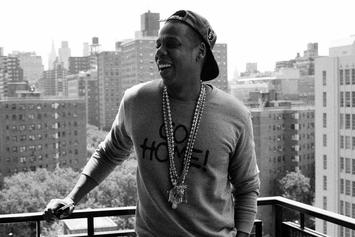 """Jay-Z """"Unwrapping Jay-Z's Magna Carta Holy Grail"""" Video"""
