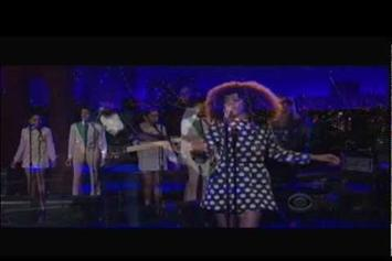 "Solange ""Performs ""Don't Let Me Down"" On Letterman"" Video"