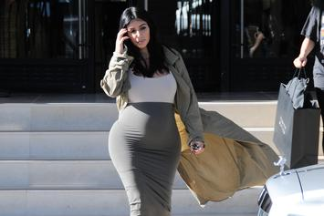 Kim Kardashian Shows Off (Naked) Pregnant Body While Slamming Rumors