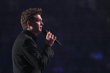 Michael Bublé's Son Diagnosed With Cancer
