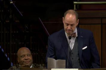 Ernie Johnson Delivers Powerful Speech At Craig Sager Memorial Service