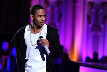 Trey Songz Gets Fondled By Female Fan During Live Performance