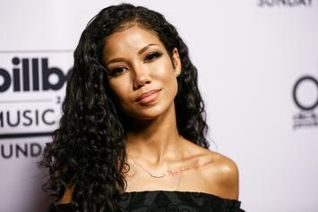 "Jhené Aiko Delivers A Stunning Performance Of ""While We're Young"" On Seth Meyers"