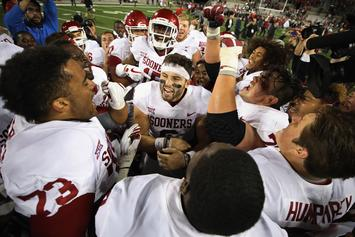 """OU's Baker Mayfield Makes Lewd Gesture, Says """"F**k You"""" To Opponents"""
