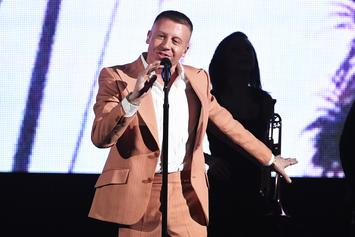 """Watch Macklemore Perform """"Glorious"""" With Skylar Grey at American Music Awards"""