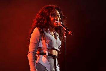 """SZA Lands First R&B No.1 With """"The Weekend"""""""