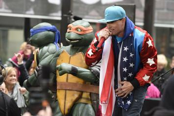 Vanilla Ice's Ex-Wife Wants Him To Stop Selling Their Stuff