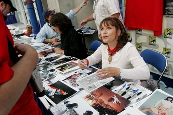 """Superman"" Star Margot Kidder Passes Away At Age 69"