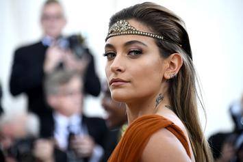 Paris Jackson Wipes Graffiti Off A Michael Jackson's Hollywood Walk Of Fame Star