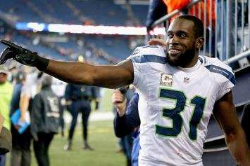 Seahawks' Kam Chancellor Retiring From Football
