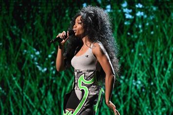 "SZA Asks Twitter For A Lil TLC: ""I Jus Want My Booty Rubbed"""