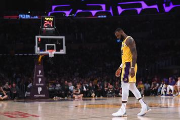 LeBron James Misses Two Critical Free Throws As Lakers Fall To 0-3 On Season