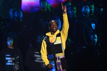 """Travis Scott Shares Epic Footage Of """"Sicko Mode"""" Performance At ACL Festival"""