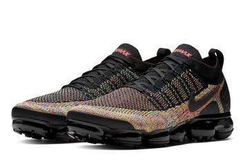 "Nike Air Vapormax 2.0 ""Black Multicolor"" Closer Look"