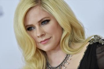 "Avril Lavigne Gets Cheeky For Nicki Minaj-Featured ""Dumb Blonde"" Cover Art"