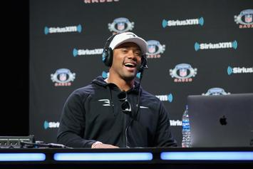 """Russell Wilson Believes There Is """"Potential"""" To Sign Record-Breaking Contract"""