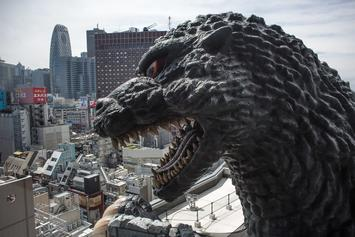 """Godzilla: King Of The Monsters"" Director Suggests Crossover With ""The Avengers"""