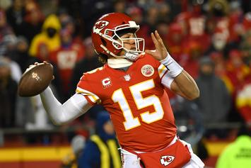 "Tom Brady Told Patrick Mahomes To ""Keep Grinding"" After AFC Championship"
