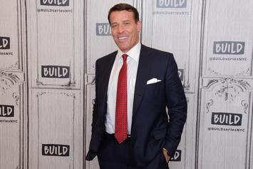 Self-Help Guru Tony Robbins Accused Of Sexual Misconduct By At Least Five Women