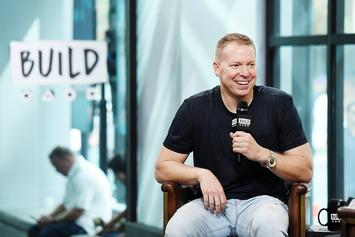 Gary Owen Compares Billy Ray Cyrus At BET Awards To Beyoncé At CMAs