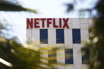 "Netflix Establishes ""Co-Watching"" Contract With Rules For Couples"
