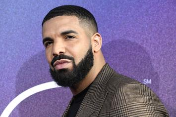 Drake's Baby Mama Meets Pope Francis & Gifts Him With A Painting