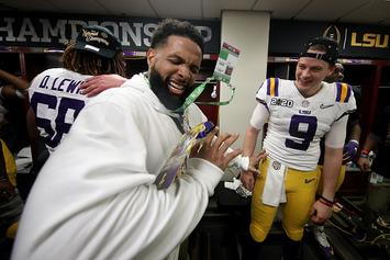 Odell Beckham Jr. Gives LSU Players Stacks Of Cash After Title Game
