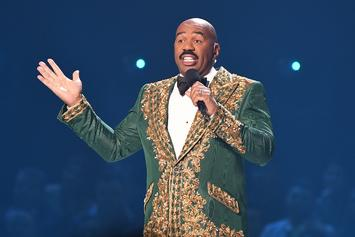 "Steve Harvey Says He's ""Happy"" For Kelly Clarkson After NBC Replaced His Talk Show With Hers"