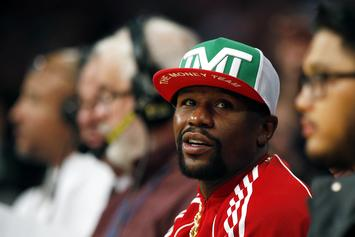 Floyd Mayweather Spotted Biking Sans Mask With Huge Entourage