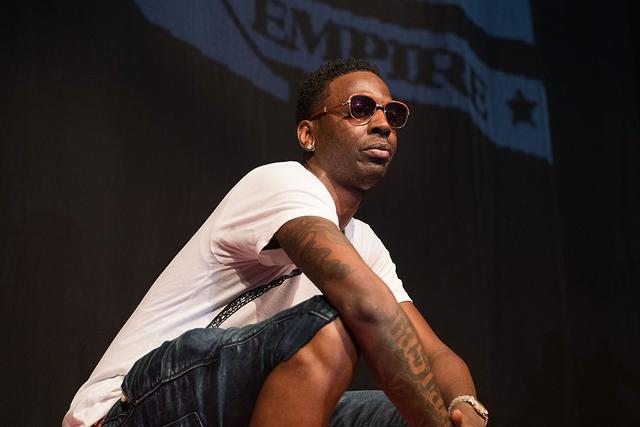 Young Dolph squats