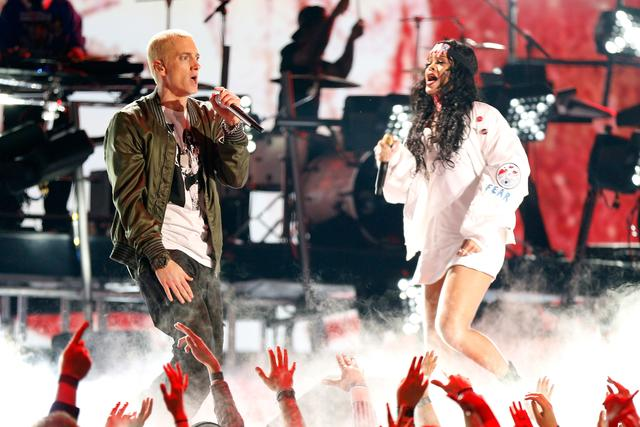 Rihanna and Eminem performing together in 2014